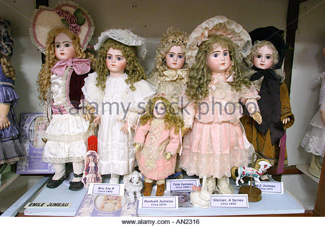 Mississippi Vicksburg Yesterday's Children Antique Doll and Toy Museum - Stock Image