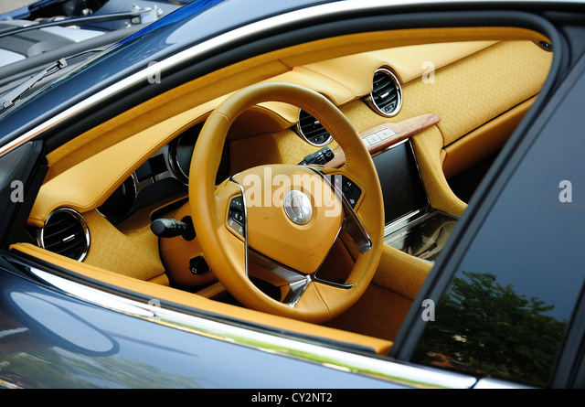 Electric Car Show Santa Monica