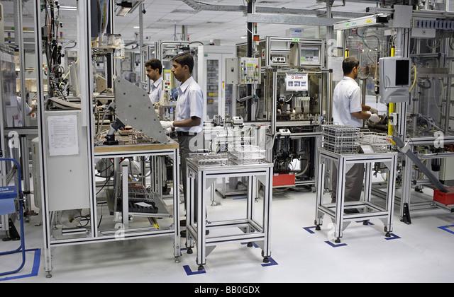 Indien Employees at Bosch Ltd Bangalore India - Stock-Bilder