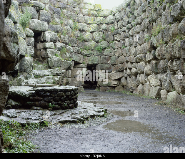geography / travel, Italy, Sardinia, Santu Antine, Nuraghe, fort, fortress, ancient, San Costantino, - Stock Image