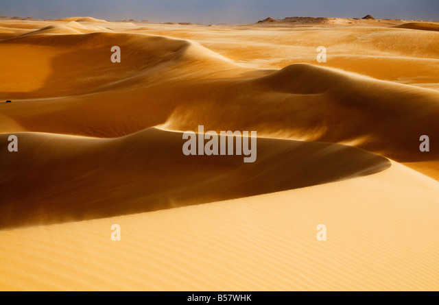 The Great Sand Sea Stock Photos & The Great Sand Sea Stock ...