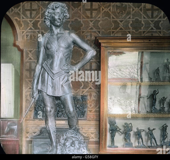 Sehr gerühmt wird auch der David des Verrochio, eine merkwürdige Bronzegestalt von geringem Umfange, bei - Stock Image