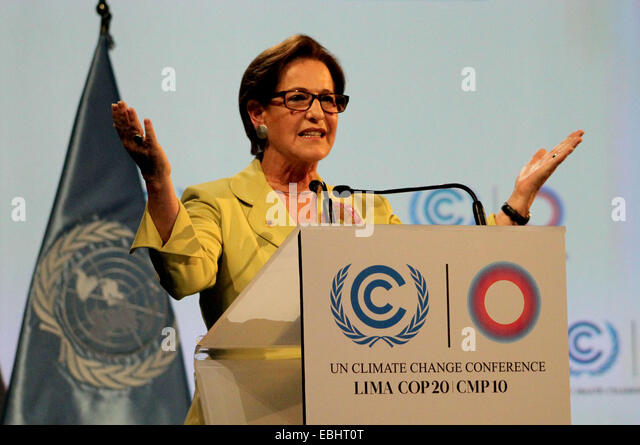 Lima, Peru. 1st Dec, 2014. Lima's Mayor Susana Villaran delivers a speech during the opening ceremony of the - Stock-Bilder