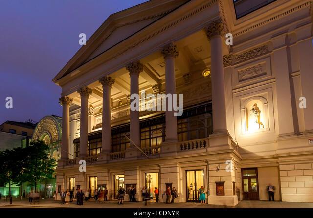 Royal opera house stock photos royal opera house stock images alamy for Royal opera house covent garden