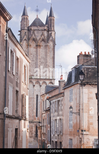 The small streets of Poitiers with the cathedral in the background, Poitiers, Vienne, Poitou-Charentes, France - Stock Image