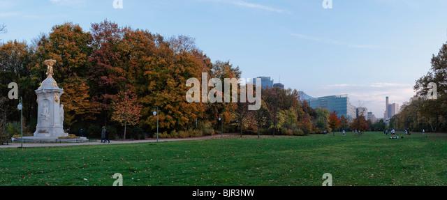 Beethoven-Haydn-Mozart-monument, composers' monument, in Grosser Tiergarten, Berlin, Germany, Europe - Stock-Bilder