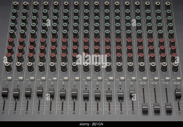 Stereo Sound Equalizer Console with Channels - Stock-Bilder