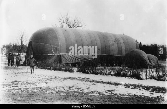 WWI Steerable Austrian airship Photo History First World War Aerial war Maneuverable Austrian airship Photo 1915 - Stock Image