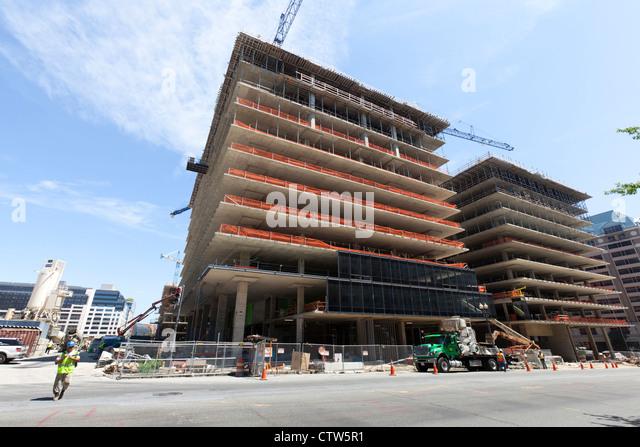 New highrise urban construction site - Washington, DC USA - Stock Image