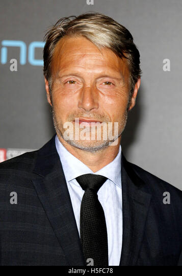 Hollywood, USA. 20th Oct, 2016. Mads Mikkelsen at the World premiere of 'Doctor Strange' held at the El - Stock Image