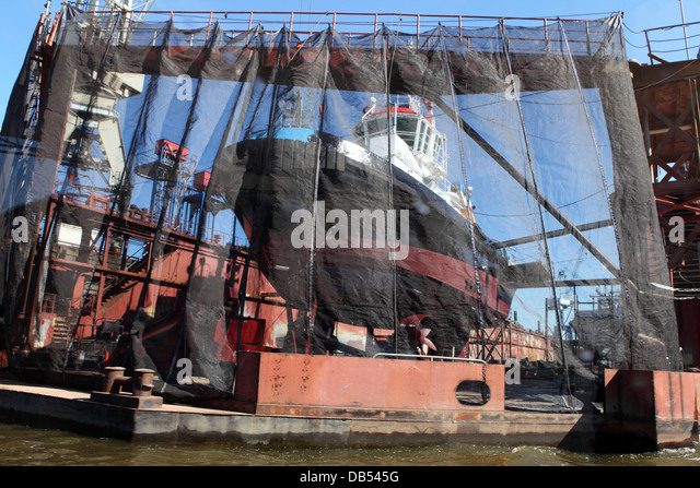 A dry dock in Hamburg, Germany. - Stock Image