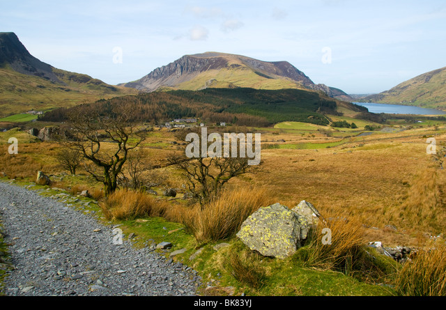 Mynydd Mawr and Llyn Cwellyn, Snowdonia, North Wales, UK - Stock Image