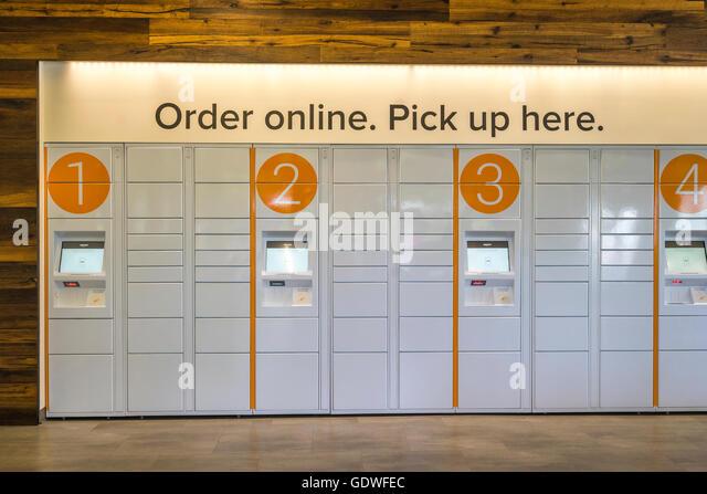 amazon lockers stock photos amazon lockers stock images alamy. Black Bedroom Furniture Sets. Home Design Ideas