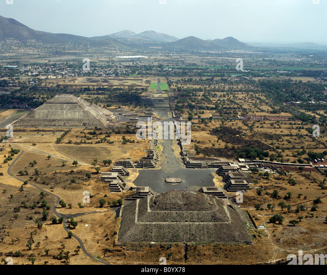 aerial above tourists visiting Teotihuacan pyramids of Sun and Moon Mexico - Stock Image