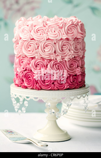 Pink ombre cake - Stock Image