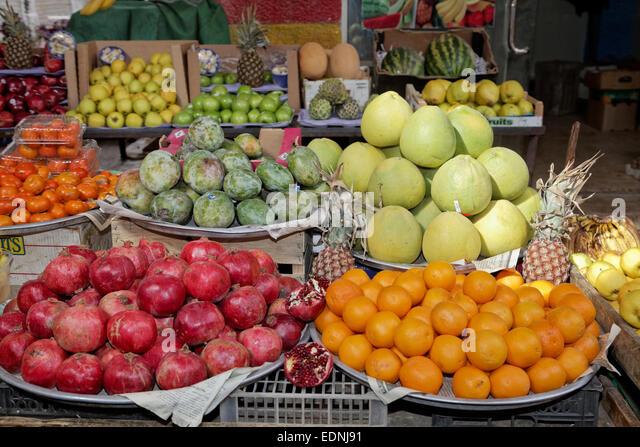 Fruit stall in the fruit market, souk, Amman, Jordan - Stock Image