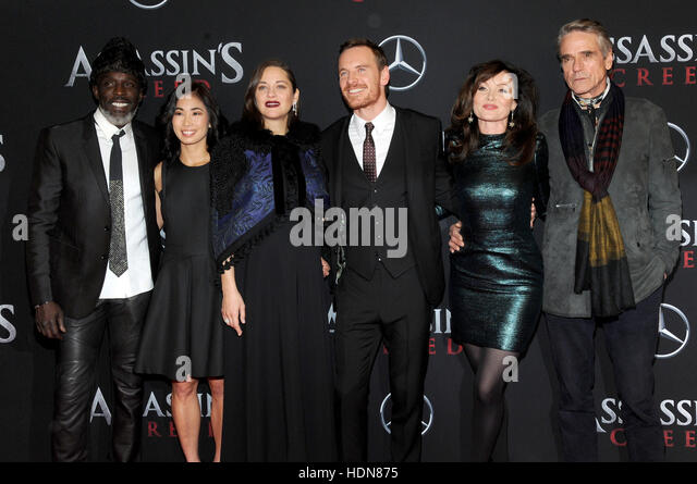 New York, USA. 13th December, 2016. Michael K. Williams, Marion Cotillard, Michael Fassbender, Essie Davis and Jeremy - Stock-Bilder