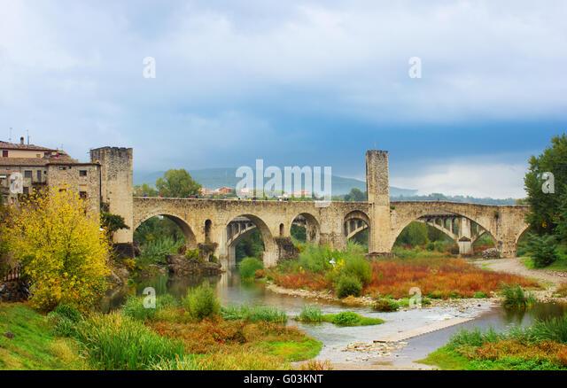 medieval bridge of Besalu, Catalonia - Stock Image