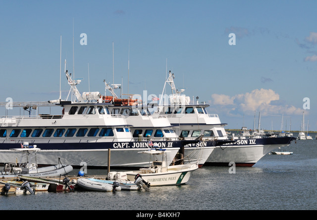 Boat charter stock photos boat charter stock images alamy for Fishing charters plymouth ma