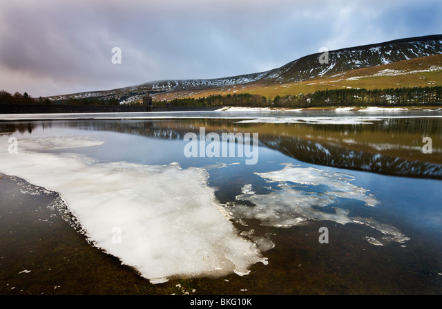 Upper Neuadd Reservoir, Brecon Beacons National Park, Powys, Wales, UK. Winter - Stock Image
