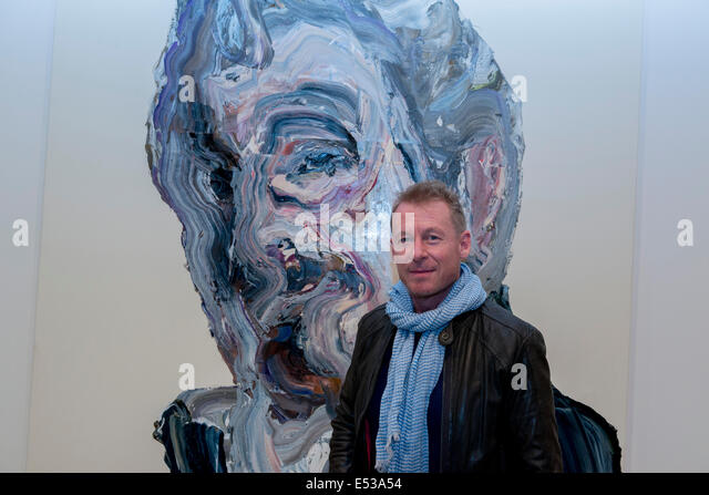 Sydney, Australia. 18th July, 2014. AUSTRALIA, Sydney. 18th July, 2014: Actor Richard Roxburgh infront of Artist - Stock Image