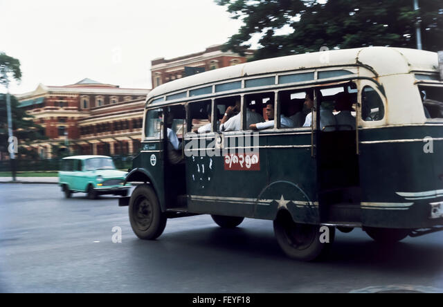 AA 6831. Archival 1966, Bus, Rangoon, Burma - Stock-Bilder