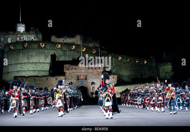 Bagpipers stock photos bagpipers stock images alamy for Scotland military tattoo
