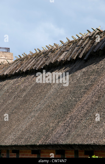 Chaume stock photos chaume stock images alamy - Toit en chaume ...