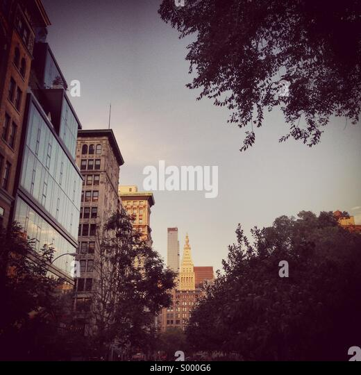 NYC street scene looking out from union square park, manhattan. - Stock Image