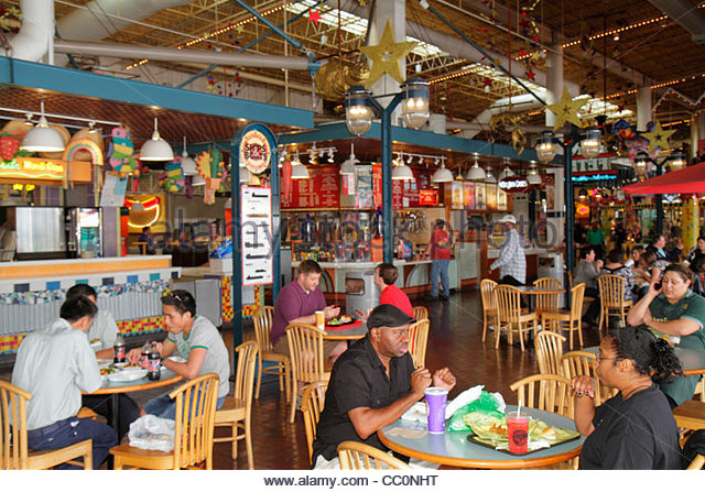 New Orleans Louisiana Port of New Orleans Riverwalk Marketplace entertainment shopping riverfront mall food court - Stock Image