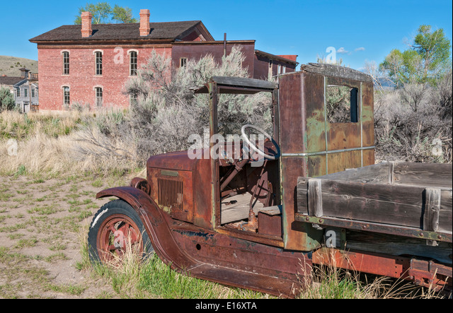 1930s truck stock photos 1930s truck stock images alamy for Cm motors florence sc