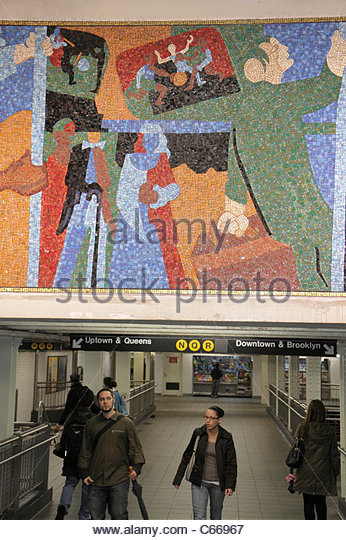 Manhattan New York City NYC NY Midtown MTA New York City Subway rapid transit system Times Square Station N Q R - Stock Image