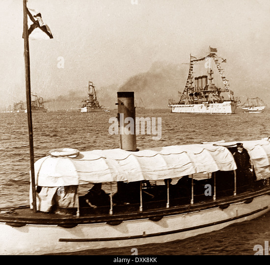 American warships off Jamestown on the opening day of the Jamestown Exposition - April 26th 1907 - Stock Image