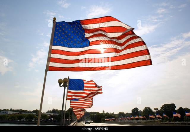American flags on bridge, Westport, Ct. USA. - Stock-Bilder