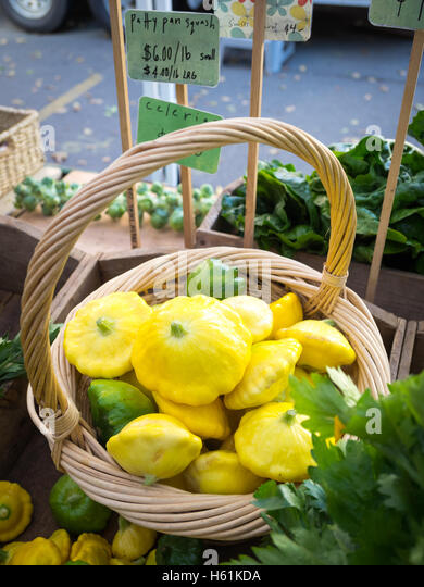 Pattypan squashes for sale at the City Market (104 Street Market) in Edmonton, Alberta, Canada. - Stock Image