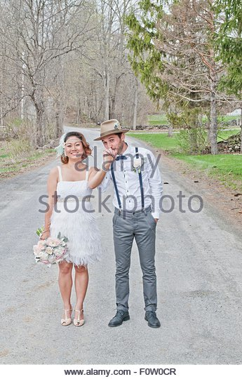 Woman Wedding Hat Stock Photos & Woman Wedding Hat Stock ...