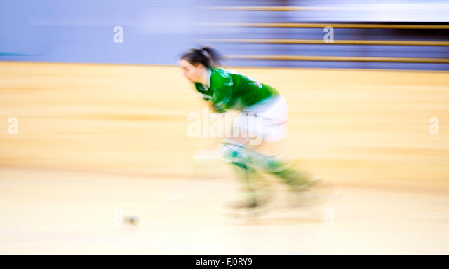 Gijon, Spain. 27th February, 2016. Silvia Montoro (Cerdanyola) in action during the roller hockey match of Spanish - Stock Image