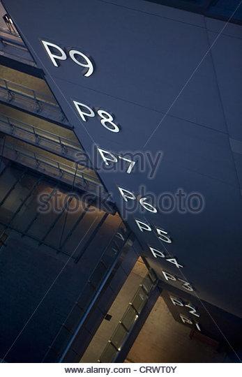 Parking garage levels sign - Stock Image