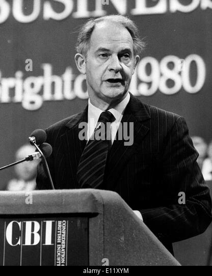 Nov 12, 1980; London, UK; Sir TERENCE BECKETT Director General of the British Industry at the CBI Conference - Stock-Bilder