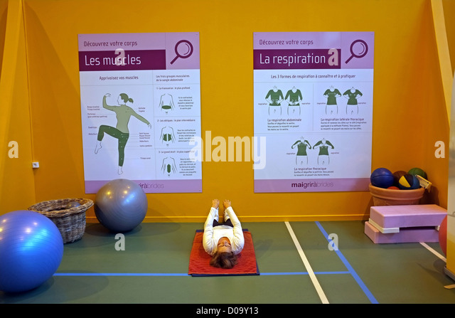 GYMNASTICS SESSION DURING A THERMAL CURE (73) SAVOY FRANCE - Stock Image
