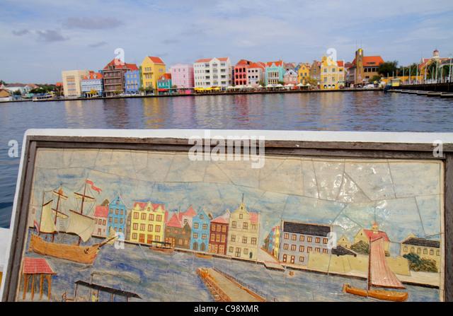 Curaçao Netherlands Antilles Dutch Willemstad Otrobanda Punda Handelskade waterfront St. Sint Anne Bay Koningin - Stock Image