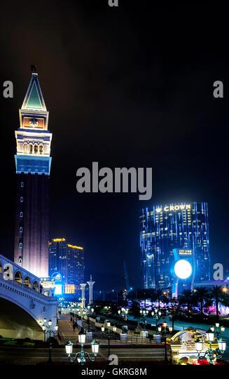 casino resorts in famous cotai gambling strip in macao macau china at night - Stock-Bilder