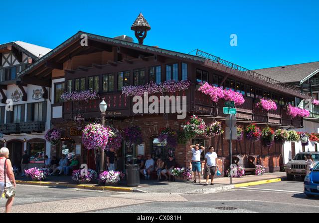 General view of Bavarian architecture in Leavenworth, Washington, USA. - Stock-Bilder