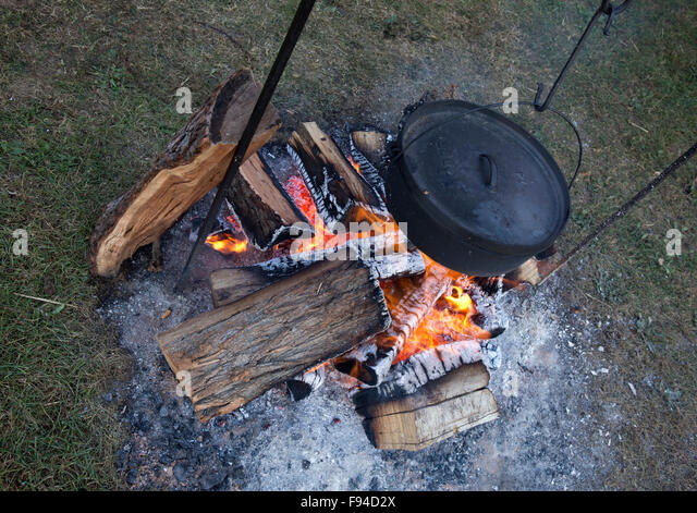 Dutch oven stock photos dutch oven stock images alamy for How to cook in a dutch oven over a campfire