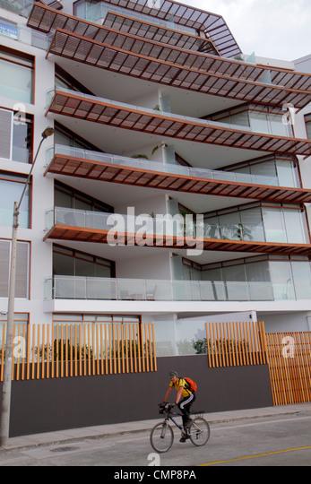Peru Lima Barranco District Malecon Souza oceanfront street scene Edificio Mistral building condominium flats housing - Stock Image