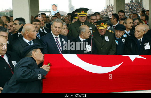 Funeral of former Turkish prime minister Bulent Ecevit in Ankara Turkey - Stock Image