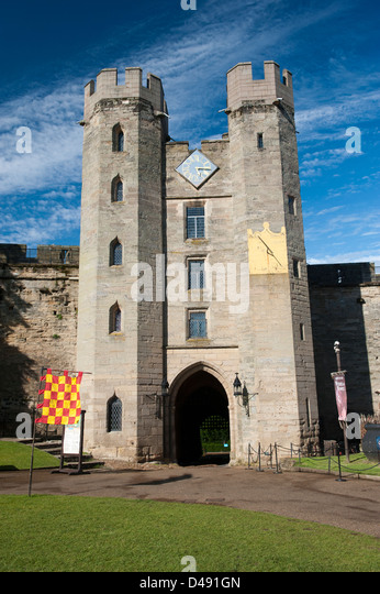 Gatehouse towers at Warwick Castle, England. - Stock Image