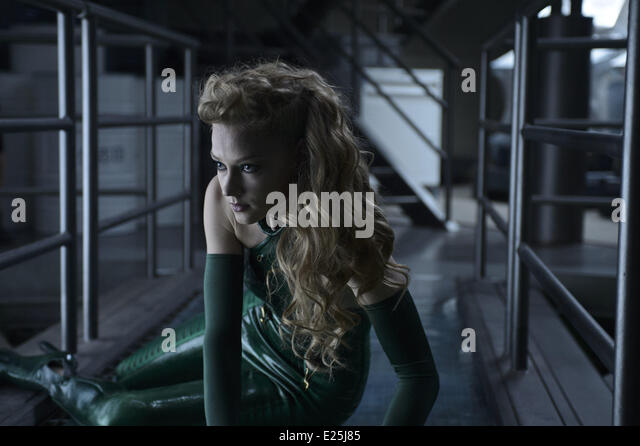 Svetlana Khodchenkova in film 'Wolverine : le combat de l'immortel' - (The Wolverine) - 2013  Featuring: - Stock Image