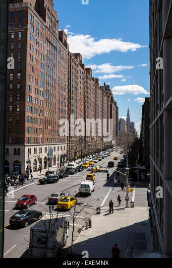 23rd street on the the west side of Manhattan and the crossing with 10th Avenue as seen from the High Line - Stock-Bilder