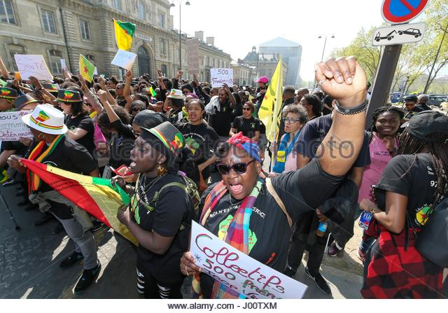 Paris, France. 8th Apr, 2017. Protesters rally in Paris on April 8, 2017 to demonstrate their solidarity toward - Stock Image